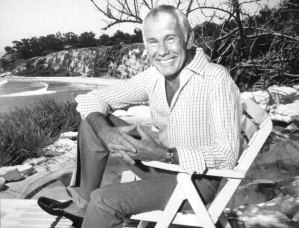 Johnny Carson in his backyard overlooking the Pacific Ocean in 1986