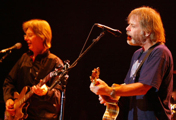 Phil Lesh and Bob Weir onstage in 2002.