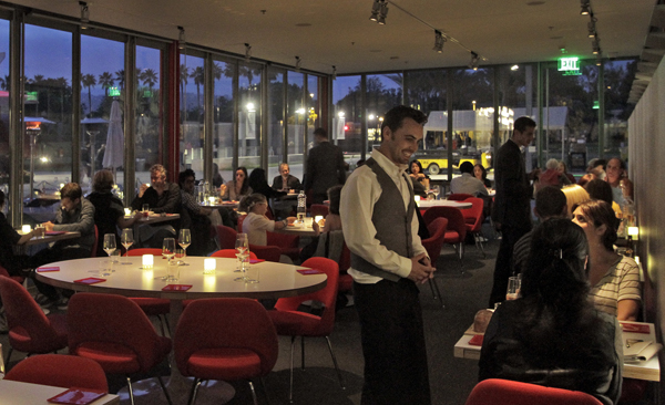 LACMA's eateries Ray's and Stark Bar receive positive reviews.