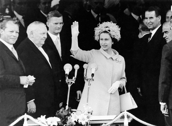 Queen Elizabeth II on the balcony of the Rathaus Schoneberg, the West Berlin city hall, in 1965.
