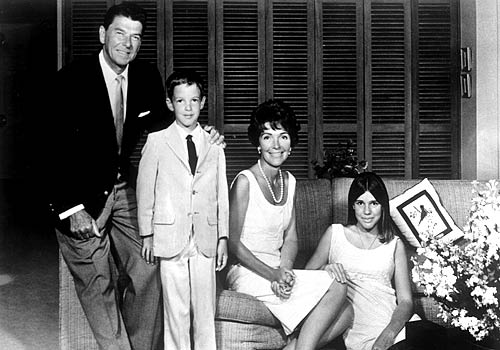 Ronald Reagan, Ronald Jr., Nancy and Patti