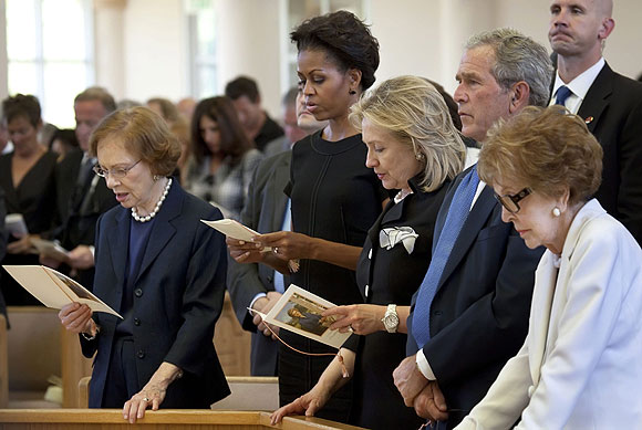 Former first lady Rosalynn Carter, first lady Michelle Obama, Secretary of State Hillary Rodham Clinton, former President George W. Bush and former first lady Nancy Reagan.