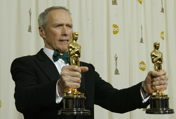 Clint Eastwood with his Oscars at the 77th Annual Academy Awards.