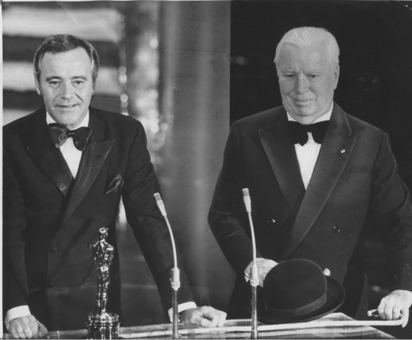 Jack Lemmon, left, presents Charlie Chaplin with his second honorary Oscar in 1972.