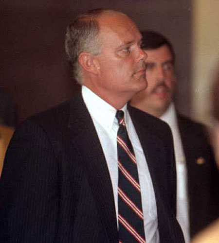 Stacey C. Koon arrives at Federal Court for his sentencing. (Aug. 4, 1993)