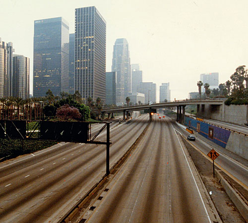 Looking south on empty Harbor Freeway (110) from 3rd Street at 7:45pm. (April 30, 1992)