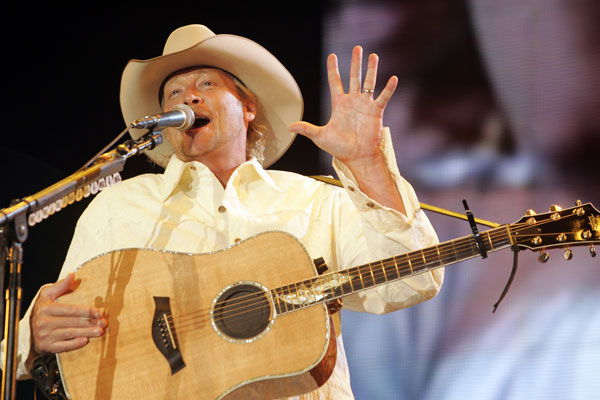 Alan Jackson at the inaugural Stagecoach.