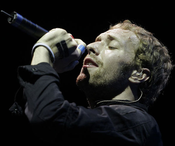 Chris Martin of Coldplay sings April 30, 2005.