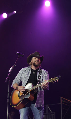 Toby Keith at Stagecoach in 2010.